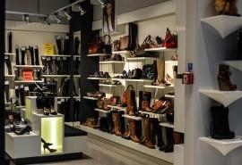 sennik Kupować buty