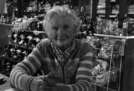 sennik Nieżyjąca babcia